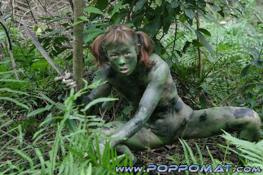 jungle porn teen virgin naked pic